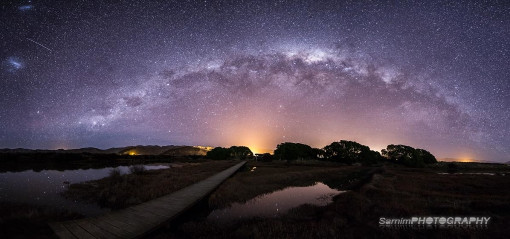 The Milky Way sets over town